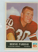 1965 Philadelphia 37 Bernie Parrish Cleveland Browns Excellent to Mint
