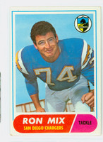 1968 Topps Football 89 Ron Mix San Diego Chargers Very Good