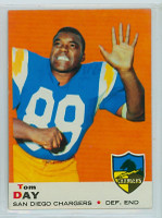 1969 Topps Football 38 Tom Day San Diego Chargers Excellent to Mint