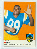 1969 Topps Football 38 Tom Day San Diego Chargers Near-Mint