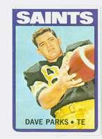 1972 Topps Football 14 Dave Parks New Orleans Saints Excellent to Mint