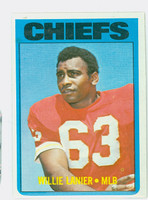 1972 Topps Football 35 Willie Lanier Kansas City Chiefs Near-Mint