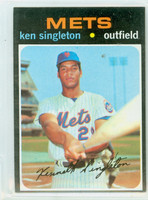 1971 Topps Baseball 16 Ken Singleton ROOKIE New York Mets Excellent to Excellent Plus