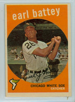 1959 Topps Baseball 114 Earl Battey Chicago White Sox Excellent to Excellent Plus