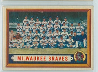 1957 Topps Baseball 114 Braves Team  [SKU:Y57_T57BB_114a_6exmS]  Excellent to Mint