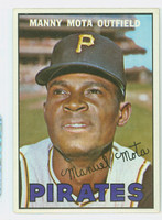 1967 Topps Baseball 66 Manny Mota Pittsburgh Pirates Excellent to Mint
