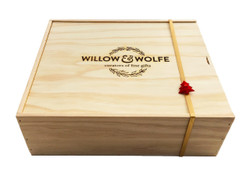 Christmas Gift Basket NZ | Willow & Wolfe | Merry Kiwismas Gift Hamper