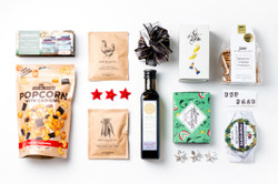 Christmas Gift Basket NZ | Willow & Wolfe | Jolly Gift Hamper
