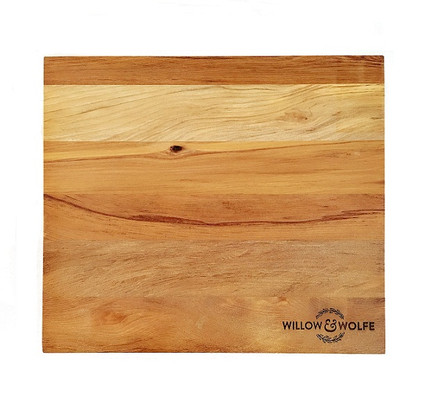 Willow and Wolfe Solid Rimu Cheese / Chopping Board