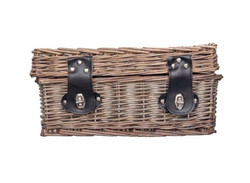 Red Wine Gift Basket NZ | Willow and Wolfe | Pimping Pinot Noir Gift Hamper