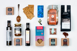 Gourmet Gift Basket NZ | Willow and Wolfe | Plush Palate Gift Hamper
