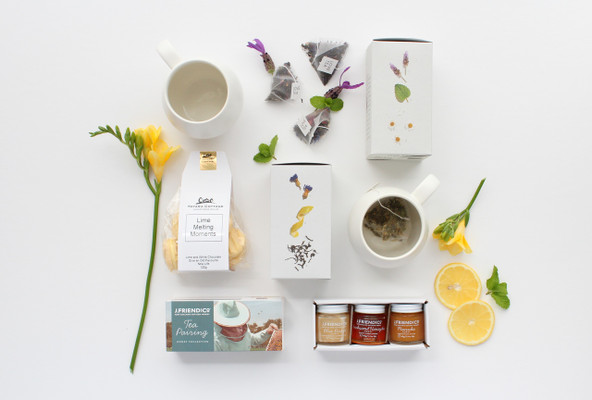 Gift Basket NZ | Willow & Wolfe | Cuppa Tea Love? Gift Hamper