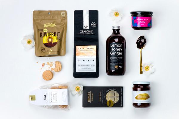 Gift Basket NZ | Willow & Wolfe | Sweeeet Gift Hamper