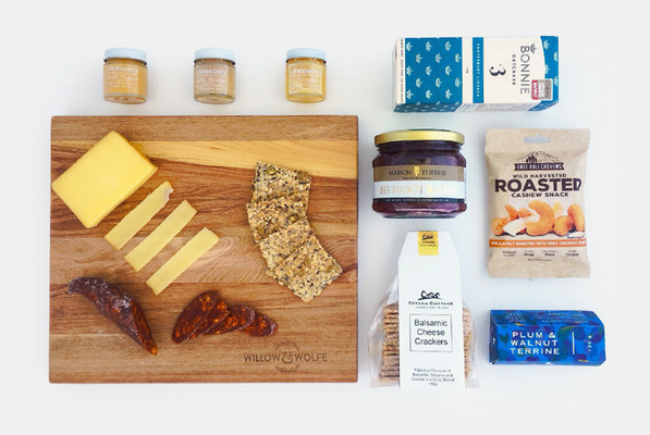 Gift Basket NZ | Willow & Wolfe | Cheese Board Gift Hamper
