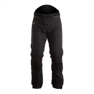 THE TITANIUM OUTLAST® IS A HIGHLY VERSATILE, TEXTILE MOTORCYCLE JEAN, DESIGNED TO OFFER THE MOST CONTOURED FIT AND KEEP YOU WARM, DRY AND FOCUSED ON THE RIDE.