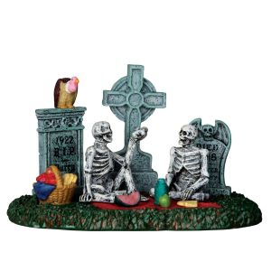 Lemax Graveyard Picnic
