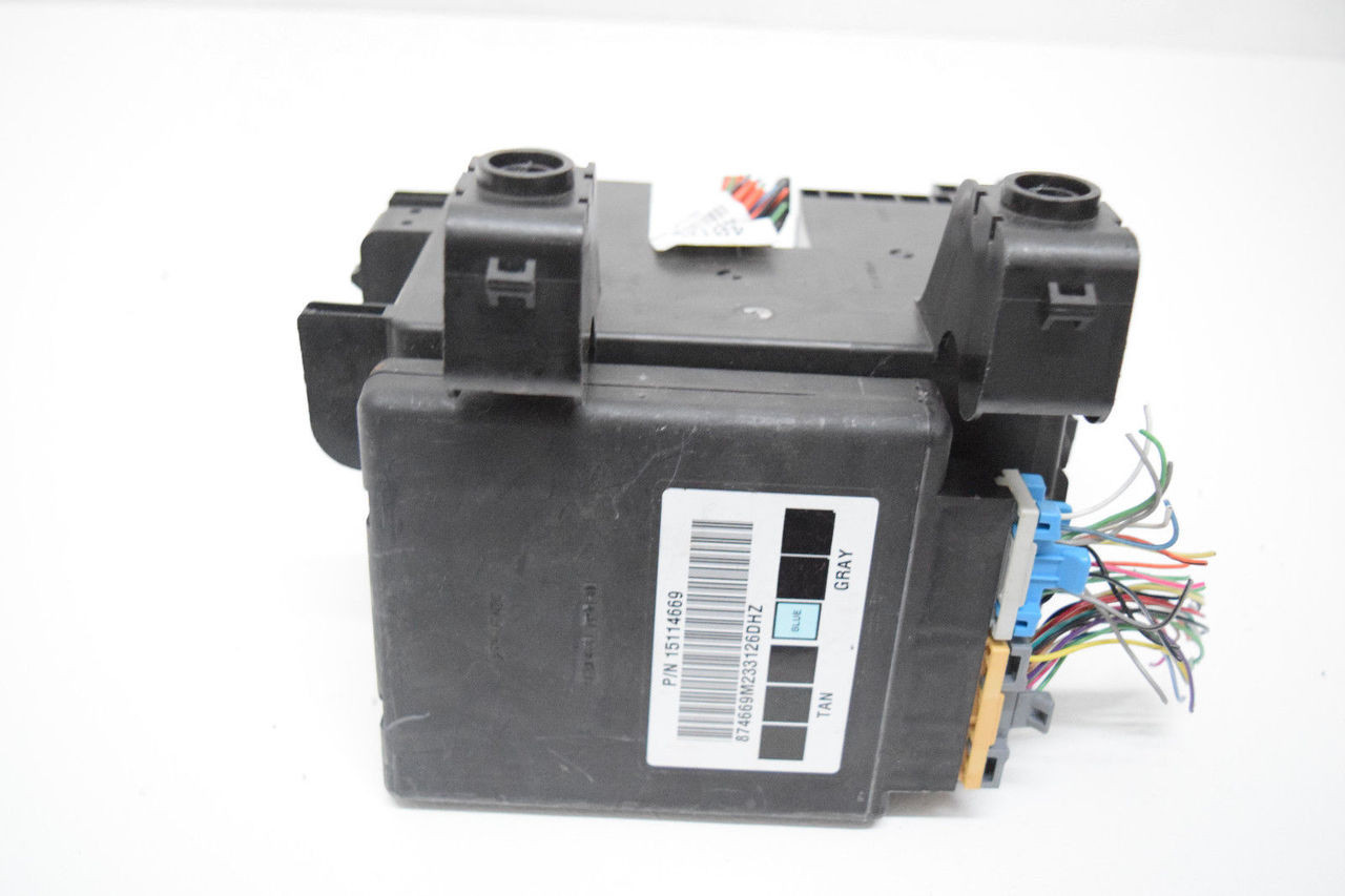 02 03 04 05 chevy trailblazer rainier fuse box body control module oem   price: $199 99  http://i ebayimg com/00/s/mta2nlgxnjaw/
