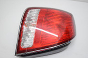 02 03 HYUNDAI XG350 LEFT DRIVER TAIL LIGHT TAILIGHT