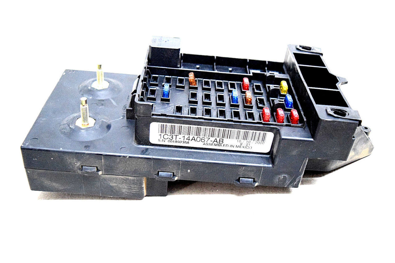 99 00 01 Ford F250 F350 Underdash Fuse Box Relay Center Oem 1c3t14a067ab Mustang