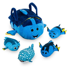 "Disney Store Finding Dory ""Tsum Tsum"" Plush Set – Small Tote – 9 1/2"" – Plus 4 Minis – 3 1/2"""