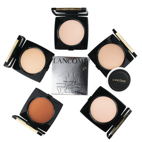 Lancome Dual Finish Multi-Tasking Powder & Foundation in One. All Day Wear