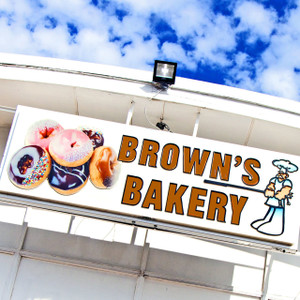 Brown's Bakery // OK009