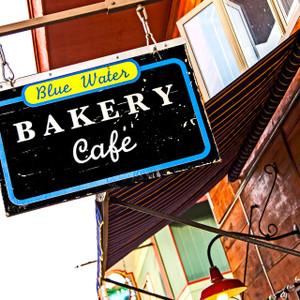 Blue Water Bakery // DEN091