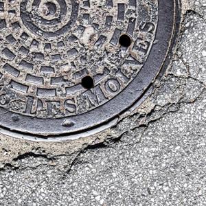 DesMoines Manhole // IA004