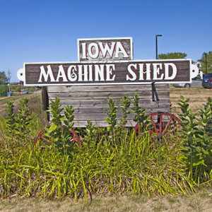Iowa Machine Shed // IA012