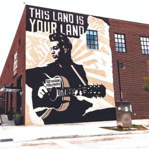 Woody Gunthrie Mural // OK068
