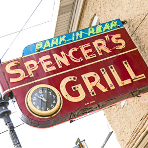 Spencer's Grill // MO027