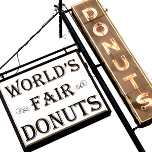 World's Fair Donuts // MO041
