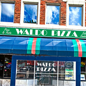 Waldo Pizza // MO099