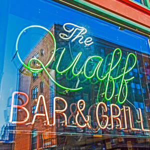 The Quaff Bar & Grill // MO103