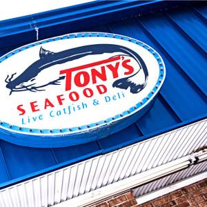 Tony's Seafood // LA049