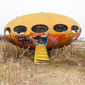 UFO Spaceship // DTX355