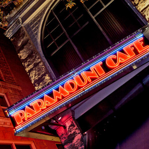 Paramount Cafe // DEN038