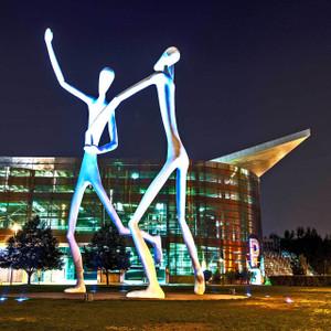 Dancing Statues // DEN062