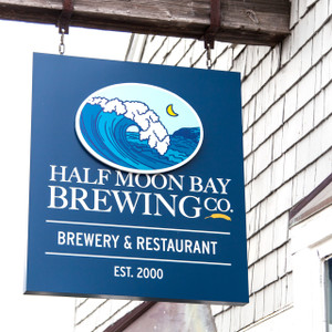 Half Moon Brewing Co // CA213