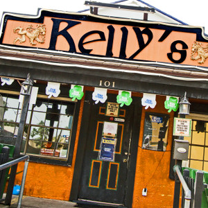 Kelly's Irish Bar // SA170