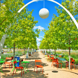 Klyde Warren Park Chairs // DTX017