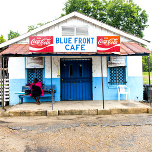 Blue Front Cafe // MS064