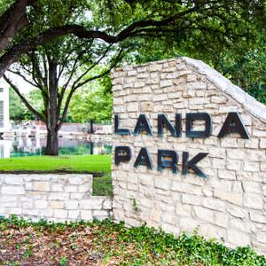 Landa Park // SA203