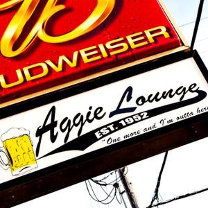 Aggieslounge // KS071