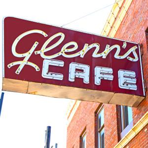 Glenn's Cafe // MO129