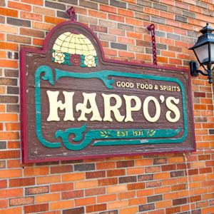Harpo's // MO130