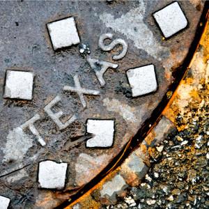 Texas Manhole // DTX077
