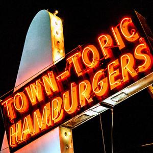Town Topic // MO086