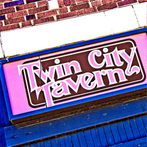 Twin City Tavern // MO094
