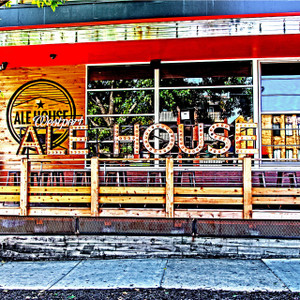 Westport Ale House // MO095